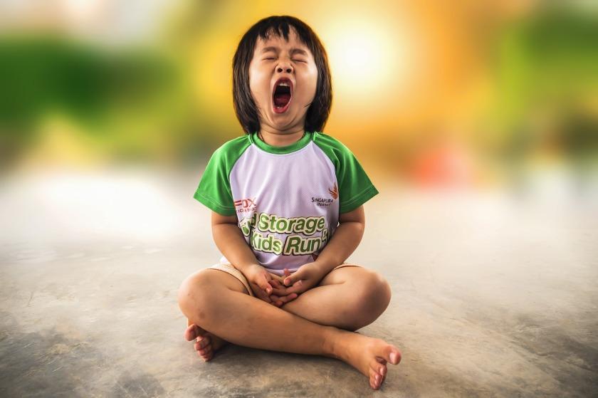 yawning-1895561_1280
